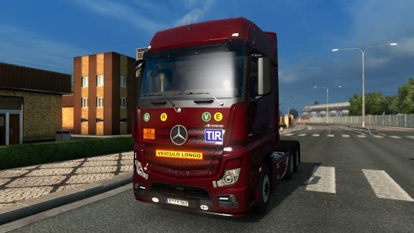 Stickers and decals mod for trucks for ETS 2