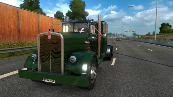 Mod of the legendary Kenworth 521 truck for ETS 2
